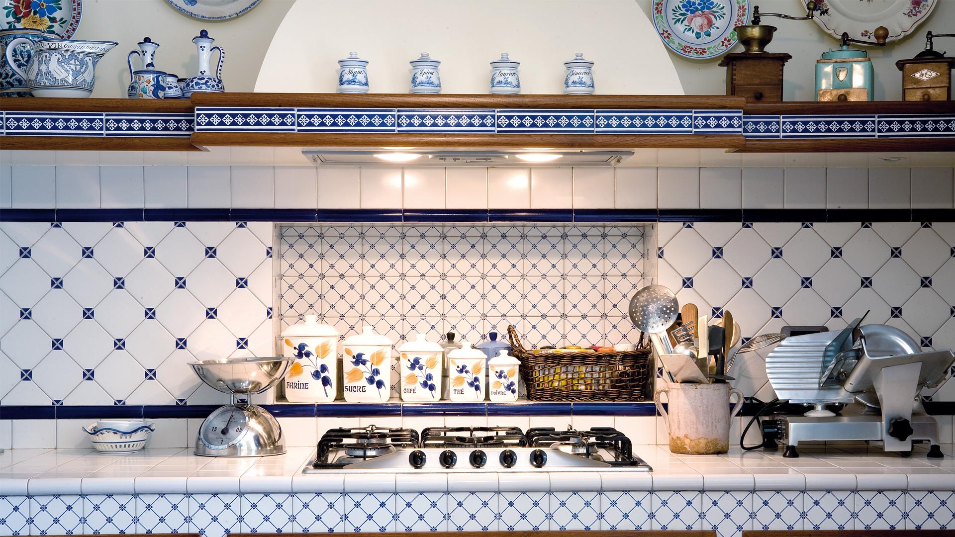 Rivestimenti Cucina Ceramiche Di Vietri: Ceramiche di caltagirone il ...